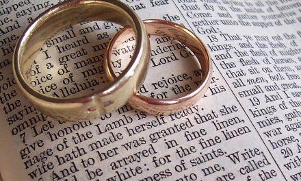 Huwelijk versus Echtscheiding